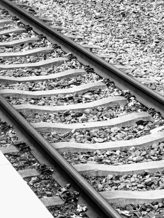 De sporen van de spoorweg De Zwart-witte foto van Peking, China royalty-vrije stock fotografie