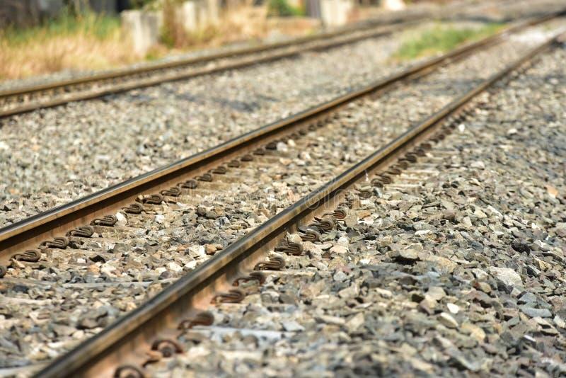 De sporenclose-up van de treinspoorweg De lengte van het spoorwegspoor Spoorweg Trein royalty-vrije stock foto