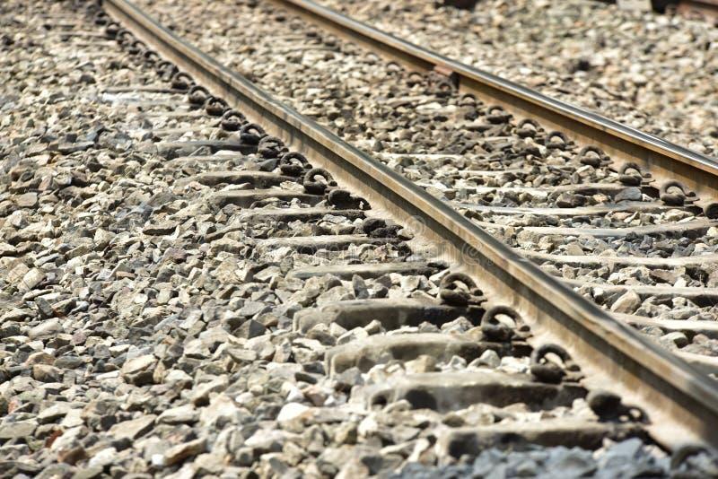 De sporenclose-up van de treinspoorweg De lengte van het spoorwegspoor Spoorweg Trein royalty-vrije stock foto's