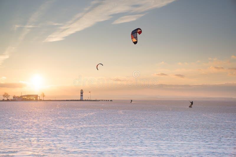 De sporten van de de winterzonsondergang royalty-vrije stock fotografie