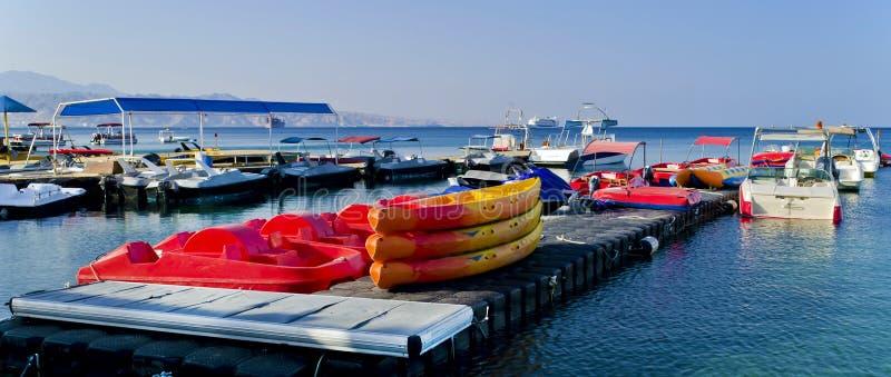 De sportfaciliteiten van het water in Eilat, Israël royalty-vrije stock afbeeldingen