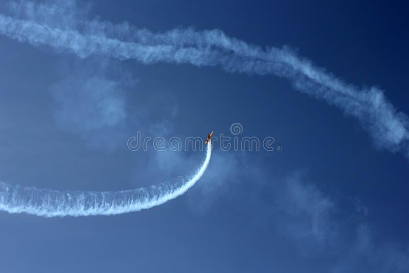 Download De Sportieve Kunstvliegen Tonen Stock Afbeelding - Afbeelding bestaande uit foto, single: 54077743