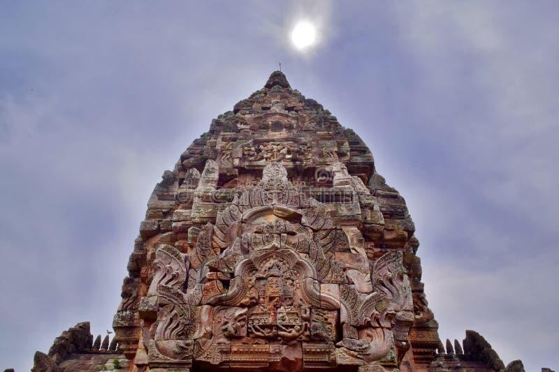 De Sportkasteel van Khaophanom, de oudste plaats in geschiedenis in Buriram, Thailand stock foto