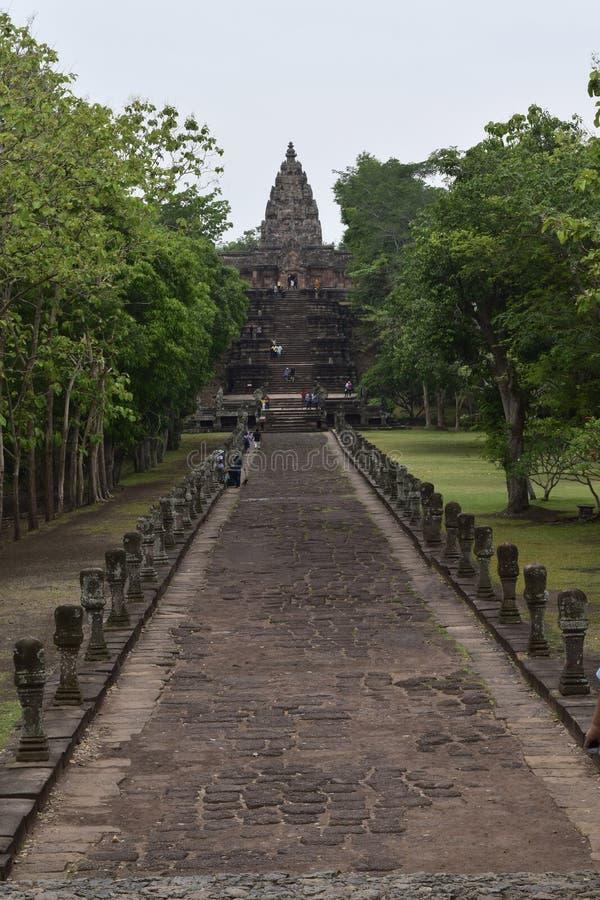 De Sportkasteel van Khaophanom, de oudste plaats in geschiedenis in Buriram, Thailand royalty-vrije stock foto
