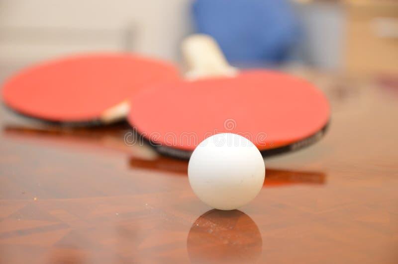 De sportracket van de pingpongbal stock foto