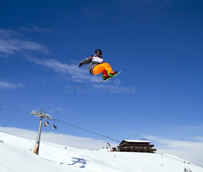 De sprong van Snowboard stock foto's