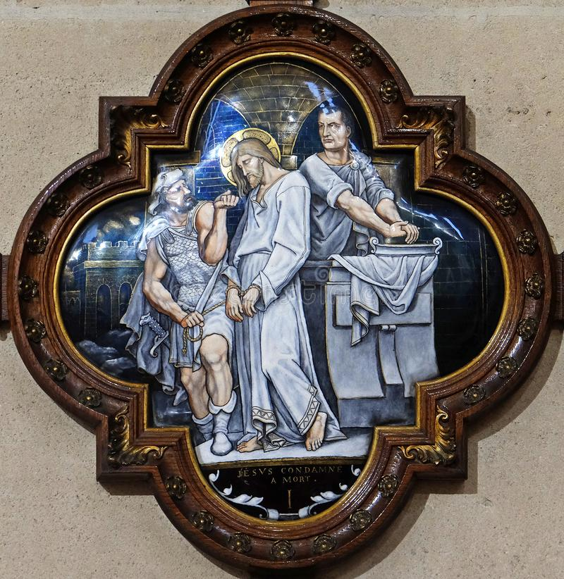 de 1st Posten van het Kruis, Jesus wordt veroordeeld aan dood stock fotografie