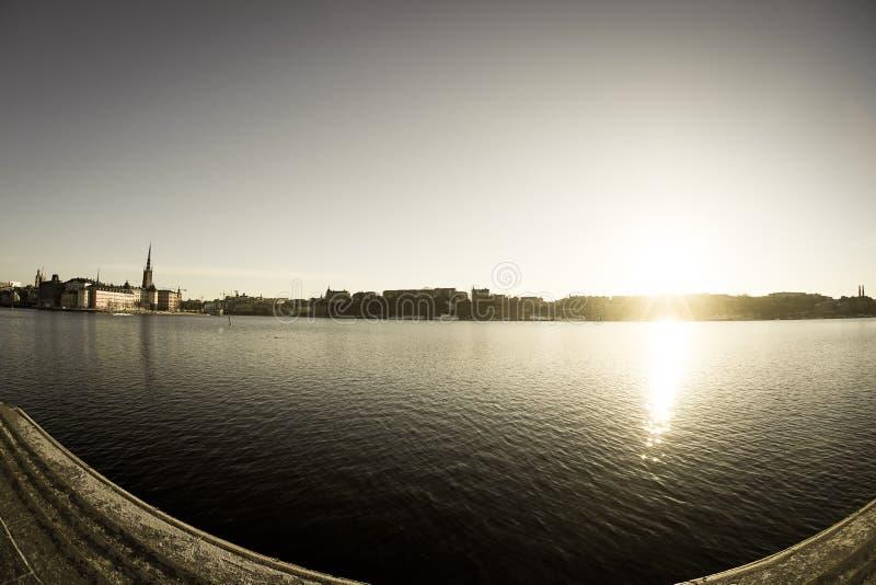 De stad en de zonsopgang van Stockholm royalty-vrije stock foto