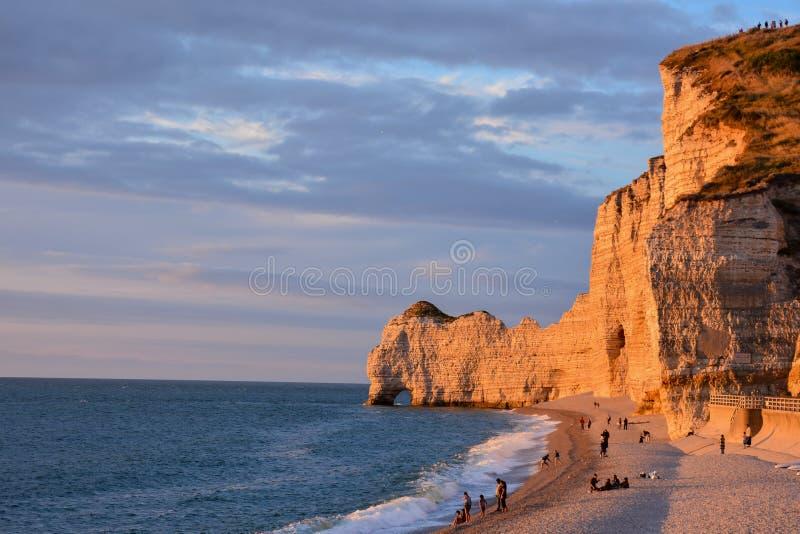 De Stad Normandië Frankrijk Europa van Falaise d'Amont Etretat stock afbeelding