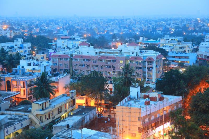 De stad van Bangalore in India stock afbeeldingen