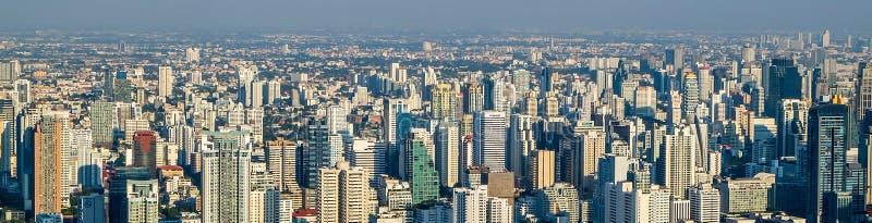 De stad van Bangkok van panoramamegapolis stock foto