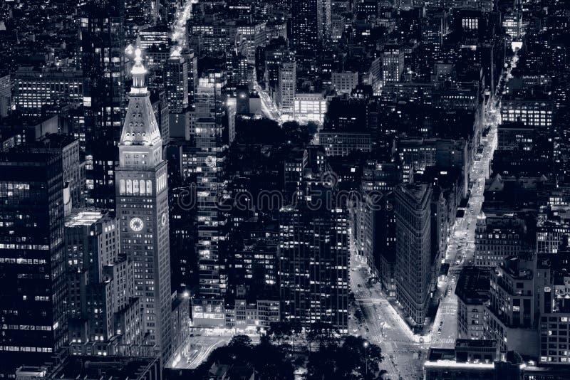 De stad van close-upnew york bij nacht in Zwart & Wit royalty-vrije stock fotografie