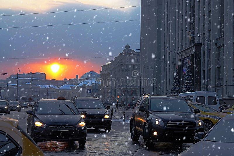 De stad van de avond stock afbeelding
