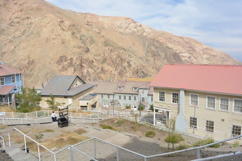 De stad van de spookmijnbouw van Sewell, Chili stock afbeeldingen