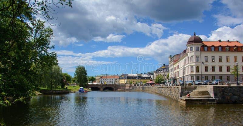 De stad van Gothenburg met brug en parken die in zon tijdens spri gloeien royalty-vrije stock fotografie