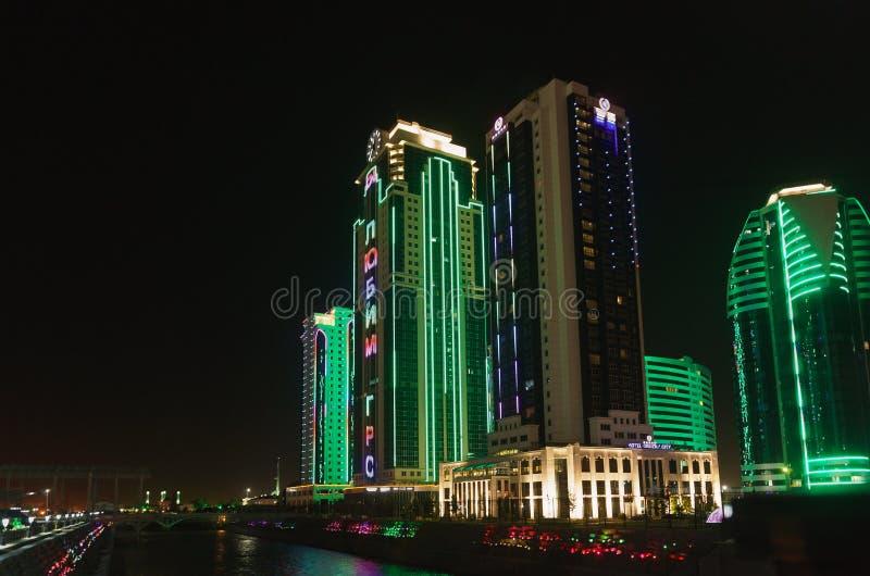 De stad van Grozny — een complex van high-rise gebouwen in Grozny, in het stadscentrum wordt, op de Weg na a-h wordt genoemd geve royalty-vrije stock foto's