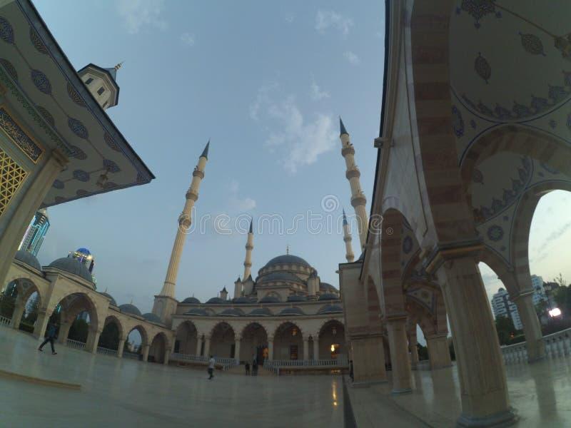 De stad van Grozny in Tchetchenië stock afbeelding