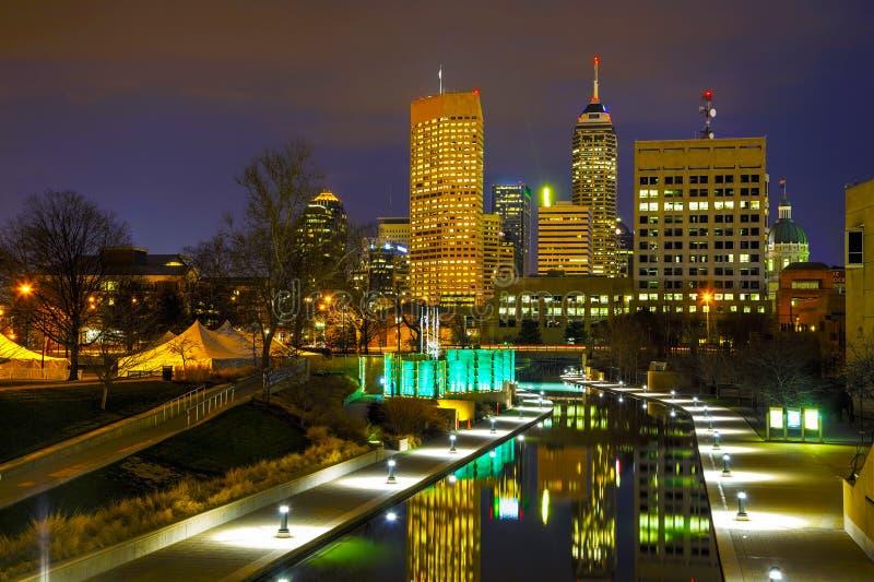 De stad in van Indianapolis stock afbeeldingen