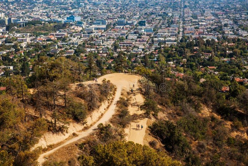 De stad van Los Angeles zoals die van Griffith Park wordt gezien royalty-vrije stock afbeelding