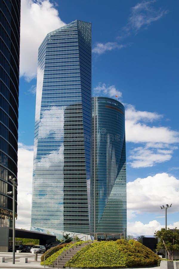 De stad van Madrid, commercieel centrum, moderne wolkenkrabbers royalty-vrije stock foto's