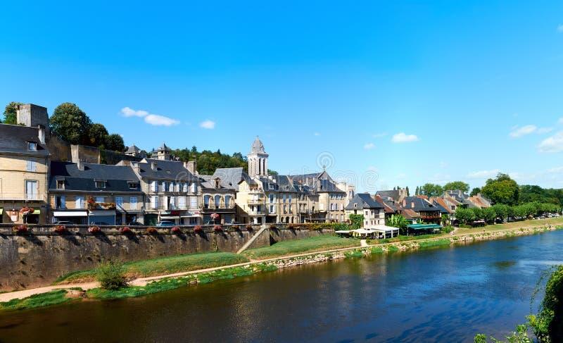 De stad van Montignac stock afbeeldingen
