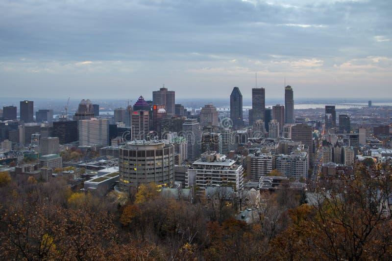 De stad van Montreal in de herfst Quebec, Canada royalty-vrije stock foto's