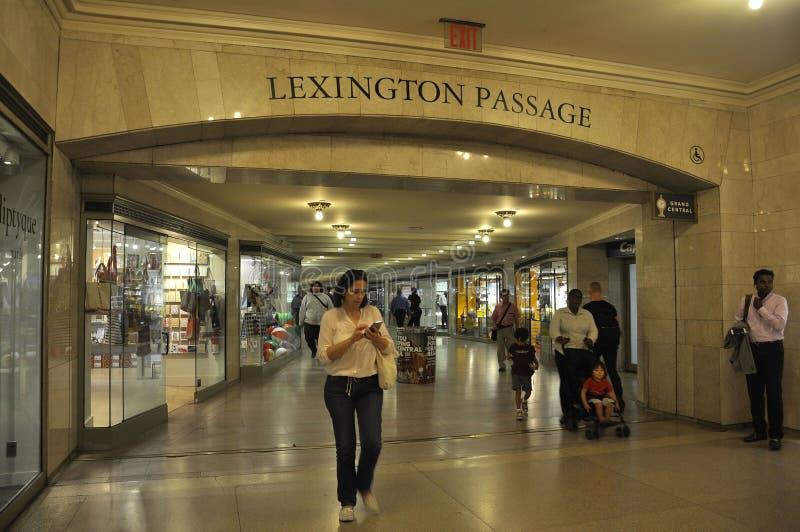 De Stad van New York, 3 augustus: Grand Central -Post binnenlandse weg van Manhattan in New York stock foto