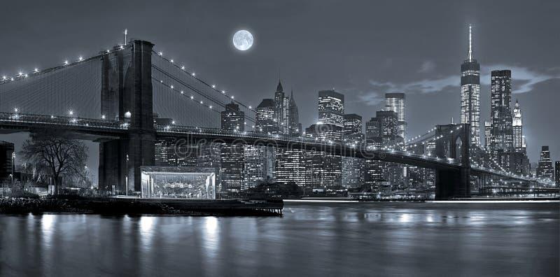 De Stad van New York bij Nacht royalty-vrije stock foto's