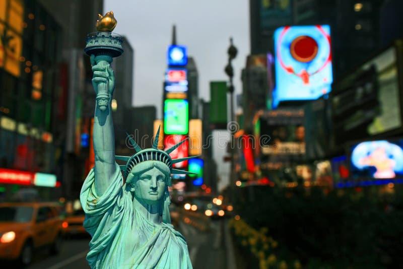 De Stad van New York - Dag en Nacht stock afbeelding