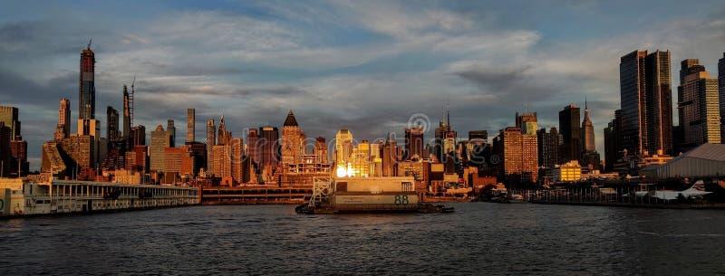 De Stad van New York van de kant van New Jersey stock foto