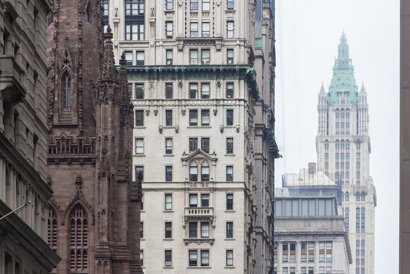 De Stad van New York, Lower Manhattan, wolkenkrabbers op Broadway-straat royalty-vrije stock fotografie
