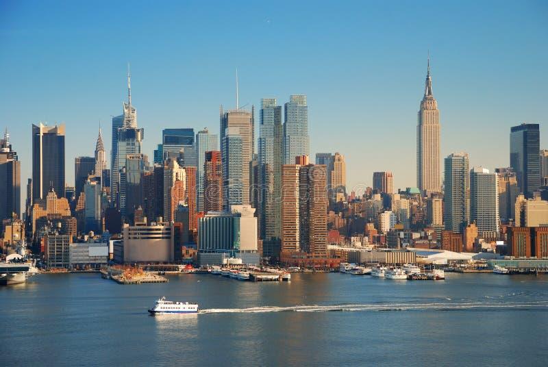 De Stad van New York met de bouw van de imperiumstaat stock fotografie