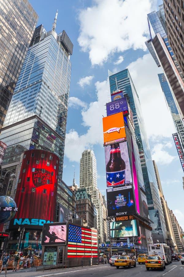 De Stad van New York, NY/USA - circa Juli 2013: Time Square in de Stad van New York stock afbeeldingen