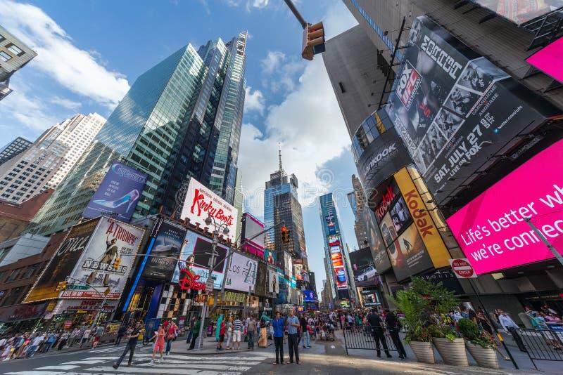 De Stad van New York, NY/USA - circa Juli 2013: Time Square in de Stad van New York stock afbeelding