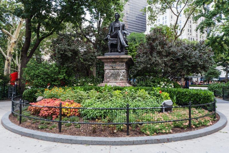 De Stad van New York, NY/USA - circa Juli 2015: William Seward Statue in Madison Square Park, New York royalty-vrije stock foto's