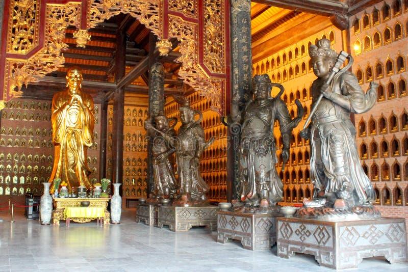 De stad van Ninhbinh royalty-vrije stock afbeelding