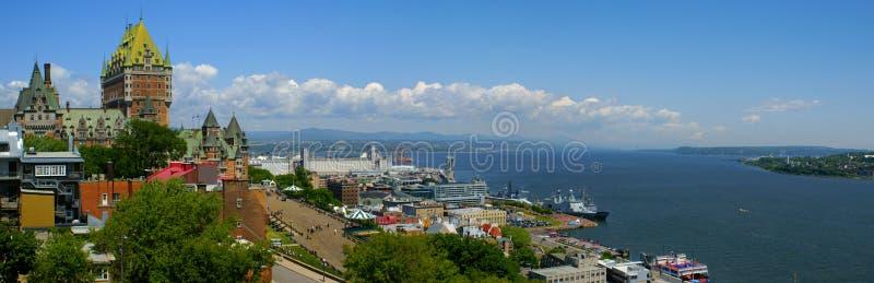 De Stad van Quebec en st-Lawrence royalty-vrije stock afbeeldingen