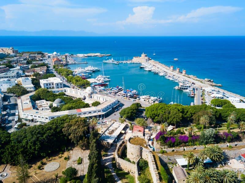 De stad van Rhodos van de Mandrakihaven, Griekenland stock afbeelding