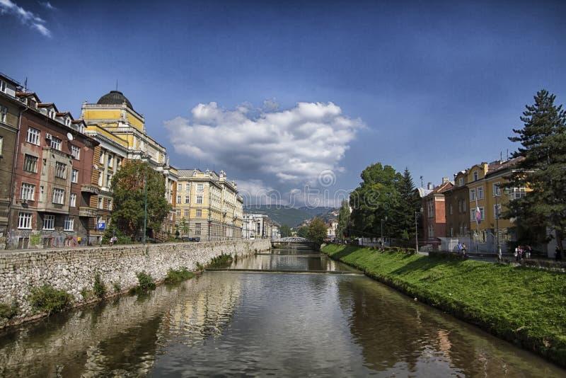 De stad van Sarajevo, hoofdstad van Bosnië-Herzegovina royalty-vrije stock afbeelding