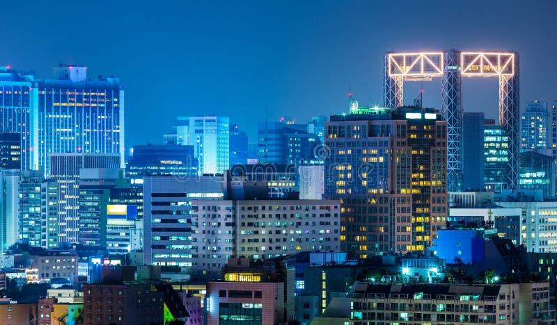 De stad van Seoel bij nacht stock foto