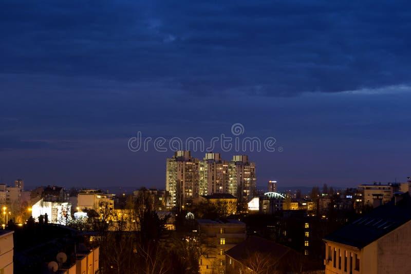 De stad van Zagreb, nachtlijn royalty-vrije stock foto's