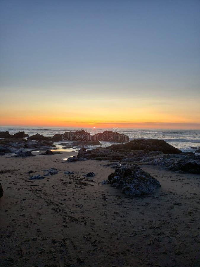 De stad van zonsonderganglincoln, Oregon stock afbeelding