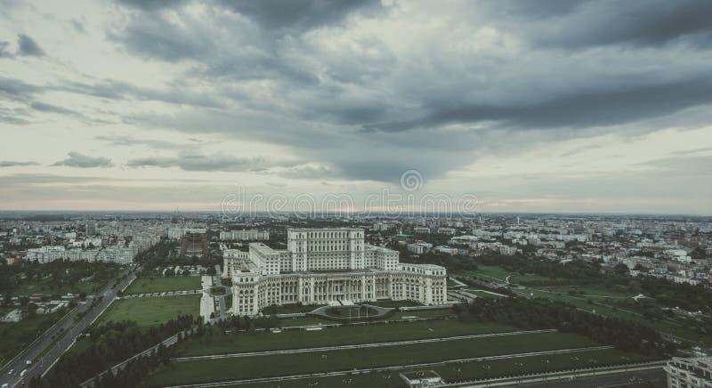 De stads nostalgische mening van Boekarest HDR-beeld met filter royalty-vrije stock foto