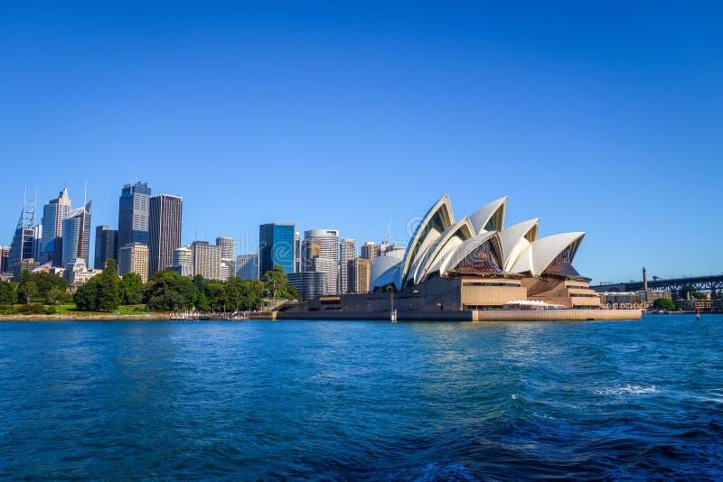 De stadscentrum van Sydney en Operahuis, Australië stock afbeeldingen