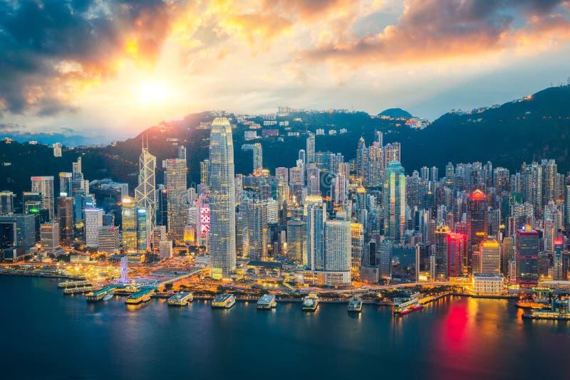 De stadshorizon van Hongkong stock afbeeldingen