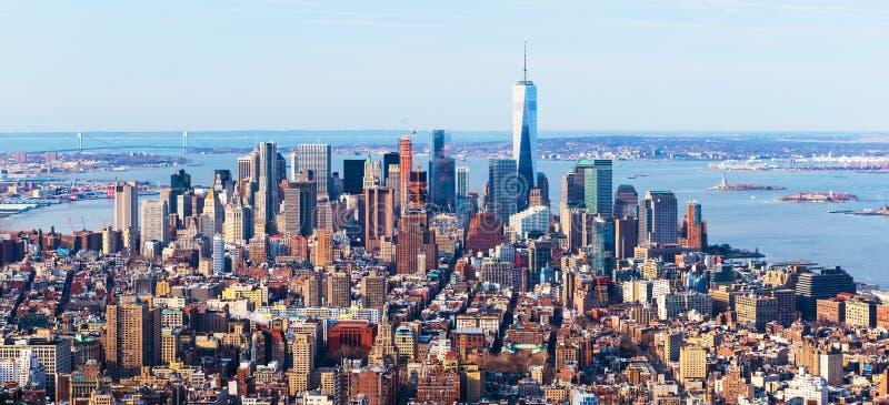 De Stadshorizon van New York Luchtpanorama van de stad in bekeken van uit het stadscentrum, de V.S. royalty-vrije stock afbeeldingen
