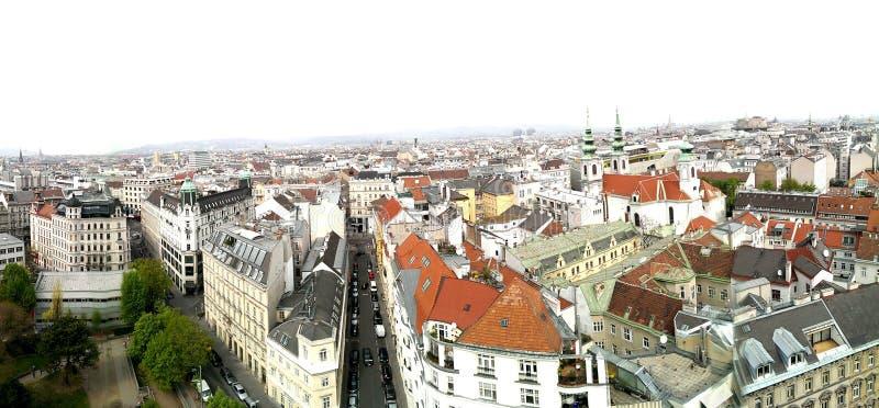 De stadshorizon van Wenen stock fotografie