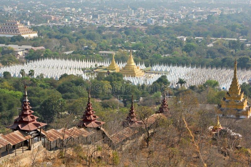 De stadslandschap van Mandalay royalty-vrije stock afbeelding