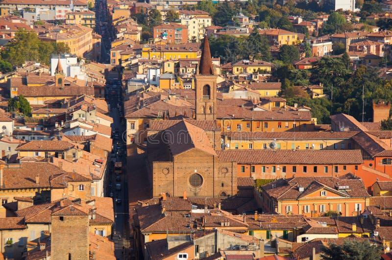 De stadsmening van Bologna van Twee Torens stock foto