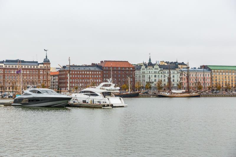 De stadsmening van Helsinki in de herfst royalty-vrije stock fotografie